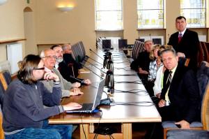 W sali Rektoratu UZ prof. Czesław Osękowski przedstawił prezentację multimedialną o Uniwersytecie Zielonogórskim.