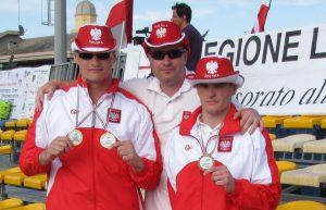 Mistrzostwa Europy INAS-FID w Pływaniu, Loano (Włochy) 2010. Od lewej: Marcin Dobrowolski, Ziemowit Patek, Tomasz Bojanowski (Police)